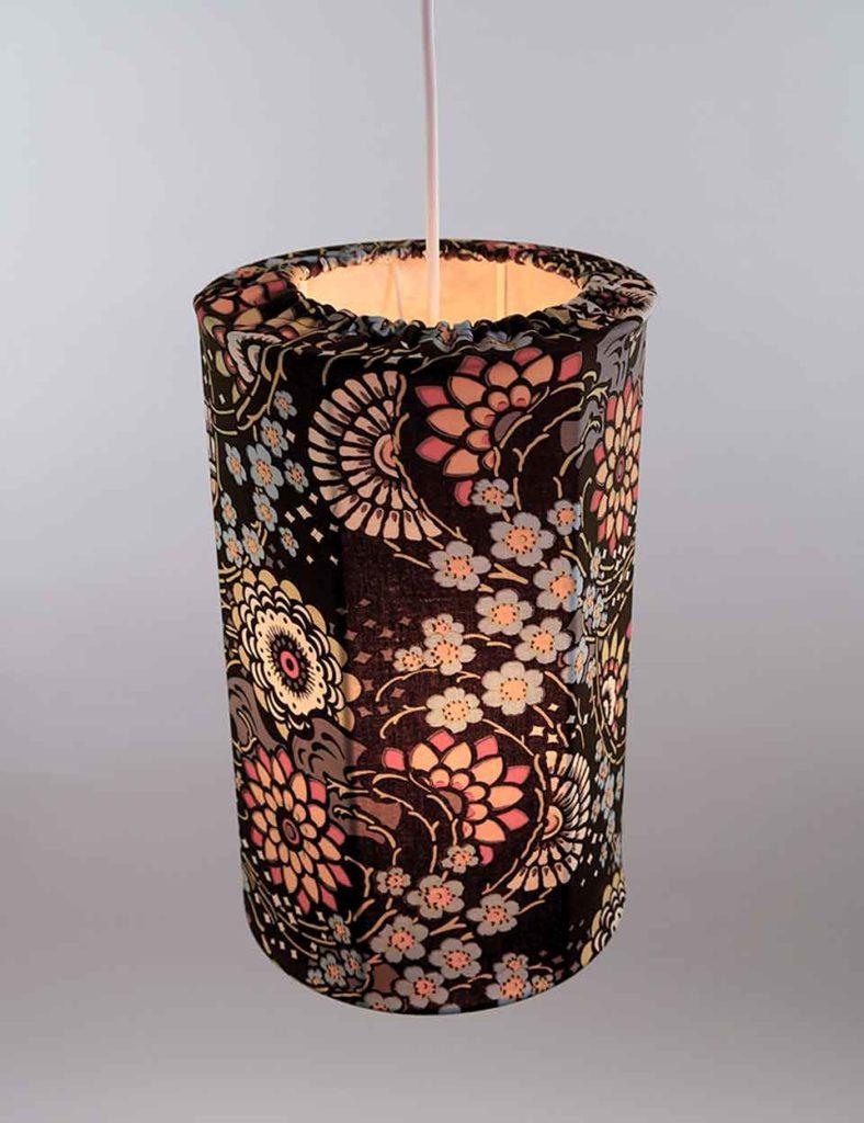 lampe pendel rund aftageligt betræk brun blomster