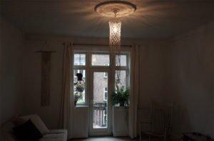 macrame-loftlampe-natur-hænger-i-stue